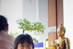 Thailand / young girl in Wat Pho / Bangkok